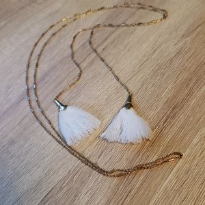 Kevia tassel necklace (Causebox)